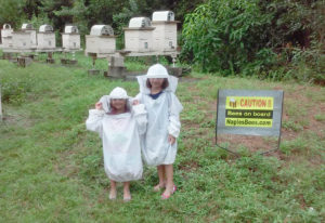 New beekeepers visit our apiary.